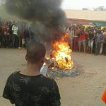 Ritual Yahoo Boys and Native Doctor Set ablaze in Otuo, Edo State.